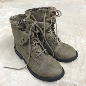 Steve Madden Girls Lace Up Combat Boots Size 3